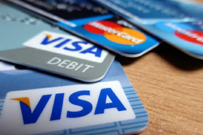 Top 6 Credit Cards With No Annual Fees In India