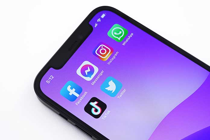 Five-Tips-For-Safe-Social-Media-Communication
