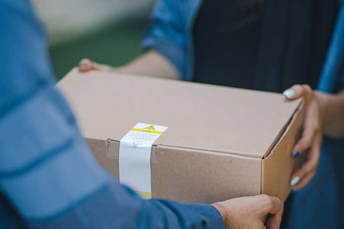 Services-To-Look-For-When-Choosing-A-Courier-Service-For-Your-Startup